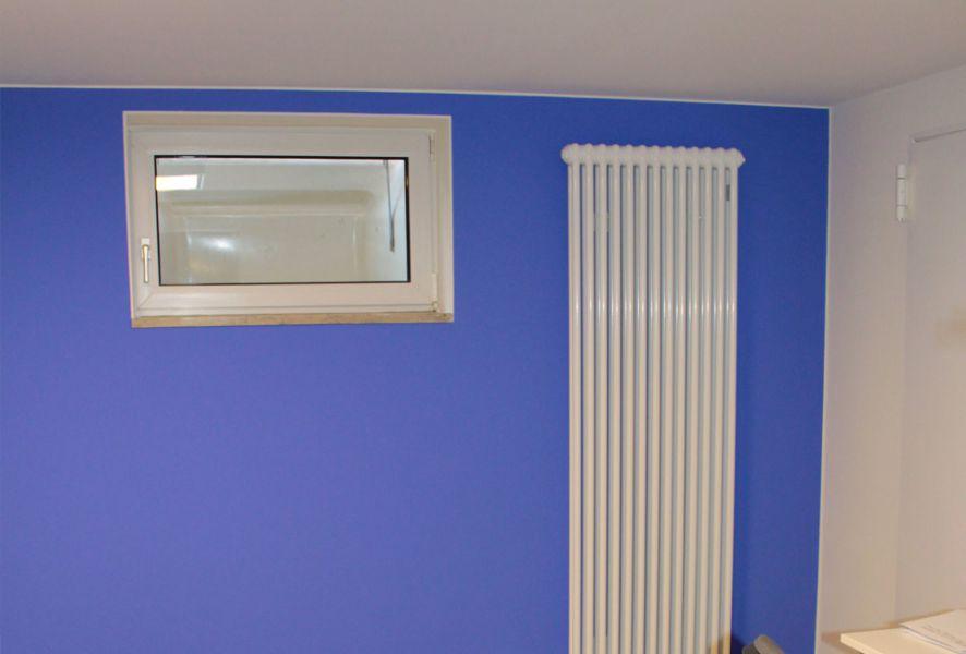 Kellerraum blaue Wandfarbe – KEIM Le Corbusier