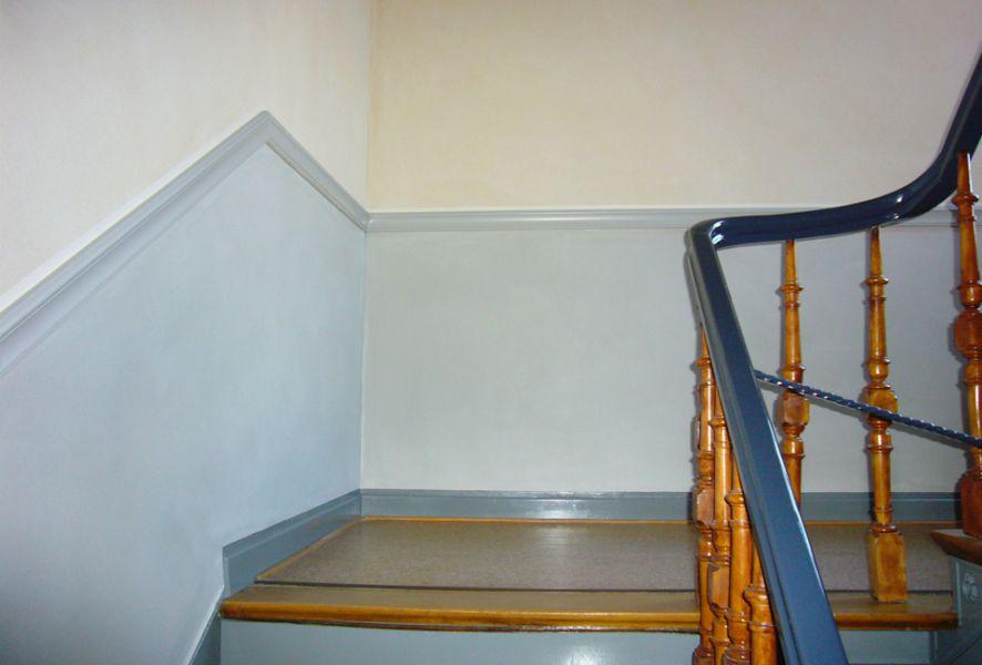 Lackierarbeiten im Treppenhaus