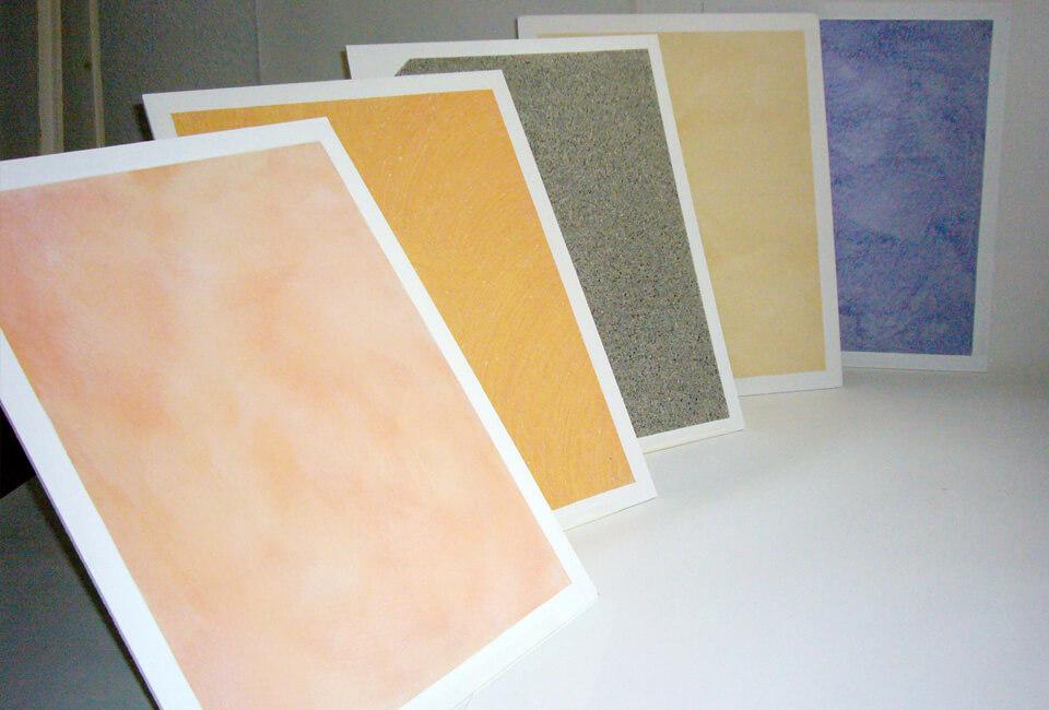 Dekor- und Putztechnicken in verschiedenen Farben und Dekoren